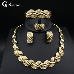 gold bracelet sets dubai 2019 - whole saleFashion of women jewelry set African Dubai gold-color Exaggerate necklace bracelet earrings wedding african be