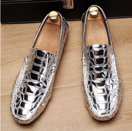 $enCountryForm.capitalKeyWord Australia - Luxury Gold Men Loafer Shoes Fashion Forward Slip On Silver Moccasin Shoes Man Black Leisure Trending Alligator Pattern N1X61