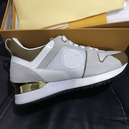 Brand sz online shopping - 2018 Brand genuine leather Trainers Mens Women Running Designer Sneakers Casual Breathable Shoes mix color SZ