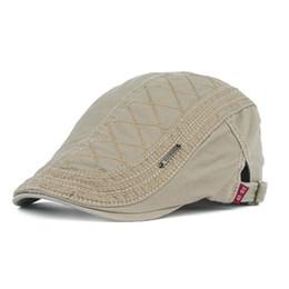 18afda5d933 Casual Beret For Men Women Summer Fashion Flat Hat Casual Visor Caps Brand  Designer 100% Cotton Cap One Size Adjustable B001