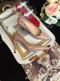 $enCountryForm.capitalKeyWord Canada - sexy girls NEWEST Lady Patent Leather Wedding Shoes spikes heels pumps sandals