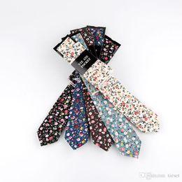 d431d1c6ef2c4 Livraison Gratuite TIESET 100% Coton Imprimé Flora Cravate Hanky Set  Mariage Groom Groomsman Mince Hommes pour la Fête Maigre Loisirs Floral  Imprimé