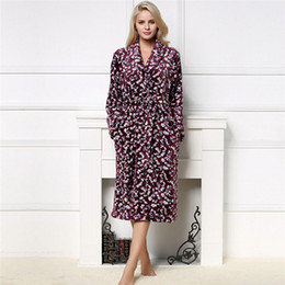 Women robe Winter long dressing gown robe Ladies Warm Bath Robes Peignoir  Flannel Retro Kimono Bathrobe Female Femme Homewear 38555febf