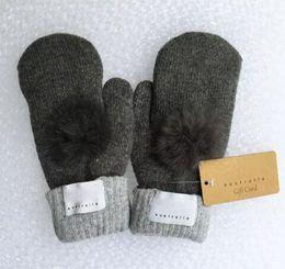b4581bf9f36bc Gants de marque pour femmes mode pour hiver et automne gants de mitaines en  cachemire avec