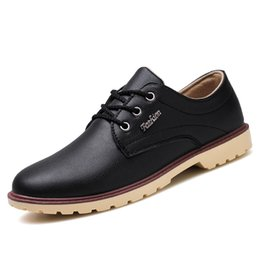 $enCountryForm.capitalKeyWord Canada - 2018 Business Men's Basic Flat Shoes Leather Gentle Wedding Dress Shoes Formal Wearing Shoes British Men Casual Round Toe Comfortable Black