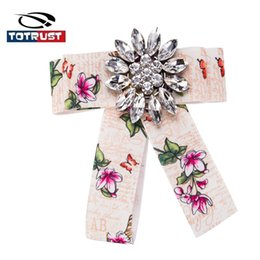 girl bowties UK - Floral Bowknot Necktie Women Bowties Girls Diamond Neck Tie for Female British style Butterfly Neckties Women's Shirt Accessorie