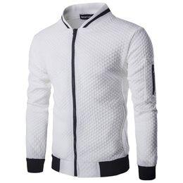 2018 Nueva Capa Casual Hombres Chaqueta de Moda Otoño Sólido Plaid Thin Hombres Bomber Jacket Stand Collar tamaño europeo en venta