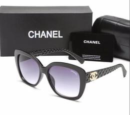 ea8a9290de6 2018 marque de luxe designer lunettes de soleil femmes avec boîte UV400  cadre surdimensionné lunettes de