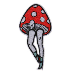 $enCountryForm.capitalKeyWord UK - Embroidered Patch Mushroom Feet Sewing Iron On Patches Badge For Bag Jeans Hat Appliques DIY Sticker Decoration Apparel Accessories