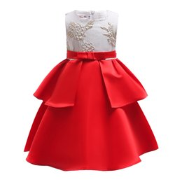 $enCountryForm.capitalKeyWord UK - Designer Baby Girl Dresses 2019 Lace Wedding Party Dressses Layer Cake Butterfly Net Gauze Fashion Flower Girls Evening Princess Dress