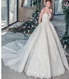 $enCountryForm.capitalKeyWord Australia - 2018 luxury wedding dress high-end Gorgeous wedding dresssA line embellished with 3D flowers, silk threads, sequins, pearls and crystals.08