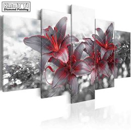 lilies embroidery UK - wholesale full square drill Diamond embroidery Flirtatious lily 5D DIY diamond painting Cross Stitch Multi-picture home decoration