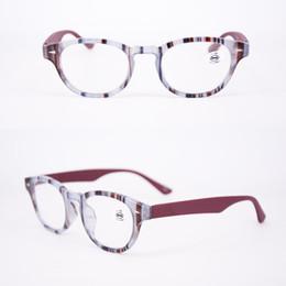 Toptan satış Moda kadın Tasarımcı Okuma Gözlükleri Mavi Pembe Kese ve Bez ile Yüksek Kalite Indirim Oval lady Optik Çerçeve cam