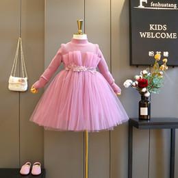e52c9f087 Vestido de niña Corea Ropa para niños 2018 Nuevo patrón Moda Princesa Tejer  suéter Falda Estilo occidental Chica proteger Invierno cálido