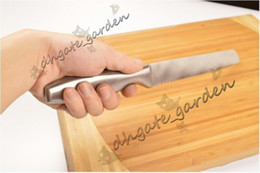Black Cutters Australia - One Piece Stainless Steel Serrated Bread Slicer Knife Ultra Sharp Bread Cake Cutter 13 inch Best Kitchen Knife