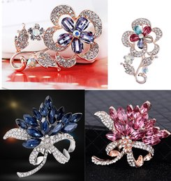 rhodium silver plated rhinestone crystal flower 2019 - 11 Colors Crystal Flower Brooch For Women Elegant Rose Gold Silver Color Badges Corsages brooches Female Sweater Suit Ac