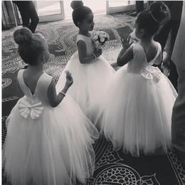 vintage flower girl bridesmaid dresses ivory 2019 - Vintage White kids wedding dresses for flower girl jewel floor length tulle toddler bridesmaid dresses princess Vestidos