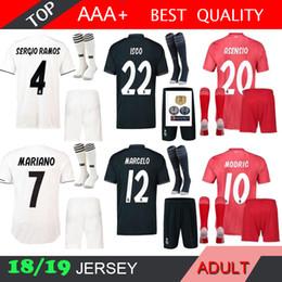 Real madrid KROOS 18 19 men soccer jersey third adult kit red sock RONALDO  ASENSIO BALE RAMOS BENZEMA 2018 2019 football shirts b831fba80