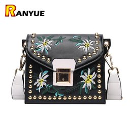 $enCountryForm.capitalKeyWord Canada - Vintage Rivet Floral Embroidered Handbags Leather Bags Women Purse Ethnic Embroidery Bag Small Shoulder Women Messenger Bags