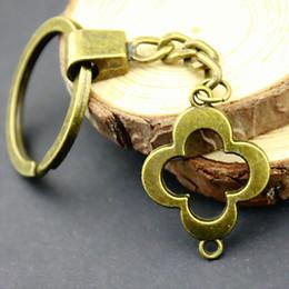 $enCountryForm.capitalKeyWord NZ - 6 Pieces Key Chain Women Key Rings Fashion Keychains For Men Clover Connector 29x22mm