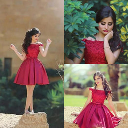 $enCountryForm.capitalKeyWord NZ - 2018 Little Red Short Cocktail Dresses Knee Length Off the Shoulder Lace Top A Line Satin Party Mini Prom Homecoming Dresses Cheap
