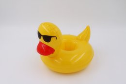 China Yellow Duck Inflatable Floating Cup Holder Swimming Pool Bath Beach Party Bottle Drink Phone Keyring Holder supplier pool party toys suppliers