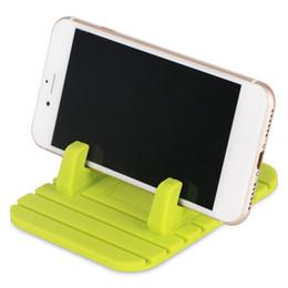 $enCountryForm.capitalKeyWord UK - Car Silicone Mat Holder Soft Anti-slip Desktop Mat Holder Stand Bracket for GPS Mobile Phone With Package