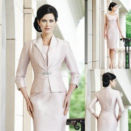 $enCountryForm.capitalKeyWord Australia - Elegant Sheath Short Mother Formal Wear With Jacket Evening Satin Lace Party Wedding Guest Dress Mother Of The Bride Dress Suit Gowns 401