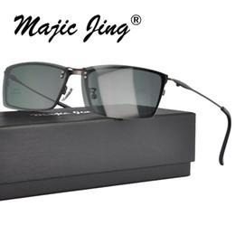 Prescriptions Sunglasses UK - Metal Magnet Eyeglasses clip on Sunglasses Polarized Lens Full Rim Men Prescription Eyewear S9315