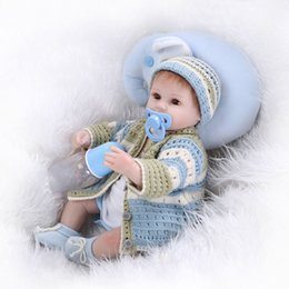 lifelike child dolls 2019 - 42cm Clever Reborn Baby Dolls With Lovely Clothes Children Gift Cloth Body Silicone Arms Legs Doll Imitation Baby Lifeli