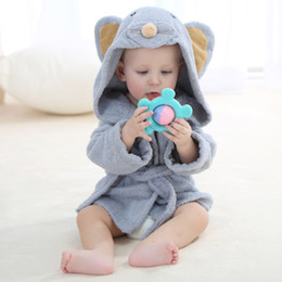 quick drying towels 2020 - Children Lion Mouse Sheep Cartton Cotton Bathrobes 0-1T With Cap Baby Towels Lovely Princess Wind Bath Towel Cloak Body