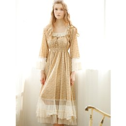 7121013b0 Outono Mulheres Princesa Nightgowns Lace Vintage Mid-Calf Nightdress  Completo de Manga Longa de Algodão Sleepwear Longo Gola Quadrada Nightwear