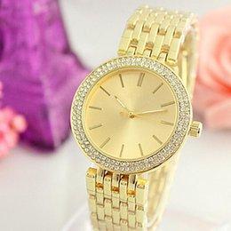 2018 ультра тонкий розовое золото женщина алмазный цветок часы 2017 Марка роскошные медсестра дамы платья женский складной пряжки наручные часы девушка 20 шт.