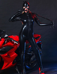 Wholesale Women Black Faux Leather Catsuit Sexy Catwoman Costume Cat Cosplay Footed Jumpsuit Stretchable Way Zipper Bodysuit With Mask C18111601