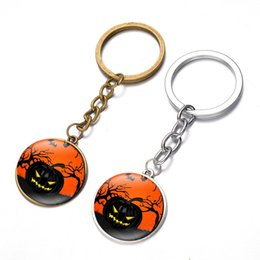 $enCountryForm.capitalKeyWord NZ - Europe and the United States sell like hot cakes witch pumpkin Halloween skull time gem key pendant alloy key chain restoring ancient ways