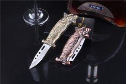 Großhandel kreativer 2 in 1 nachfüllbarer winddichter Butangas Zigarettenanzünder Metall-Tiger-Modus mit wenig Messer Outdoor-Küche BBQ funktional