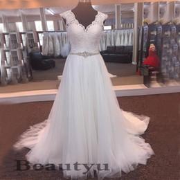 $enCountryForm.capitalKeyWord Australia - Vintage Lace Tulle Country Wedding Dresses Bridal Gowns Plus Size A Line V Neck Beading Sash Sweep Train 2018 Beach Vestido de novia