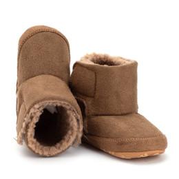 Vente en gros 0-18 M infantile nouveau-né bébé chaussures enfant en bas âge garçon fille douce semelle causale arc crèche chaussures bottes chaudes Prewalker