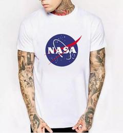 Venta al por mayor de WISHCART NASA Logo Print T-shirt Hombres Nuevo Verano de Manga Corta Algodón Hombres camiseta Diseñador de la marca Casual Fitness Ropa Tops Tees