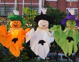 Venta al por mayor de Nueva barra de la decoración de venta caliente fantasma casa casa embrujada escena disposición props lindos decoraciones de fantasmas de calabaza de Halloween