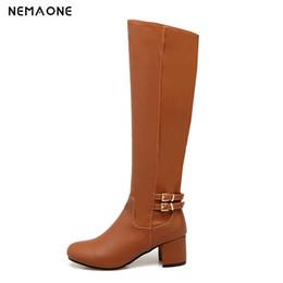 42378236f30 NEMAONE mujeres med tacones cuadrados hasta la rodilla botas otoño botas de  invierno mujer oficina señoras zapatos led de gran tamaño 43