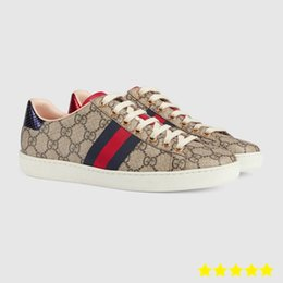 Chaussures de marque haut de gamme de luxe de qualité supérieure cuir de vachette classique, fabrication de chaussures en cuir verni pour hommes et femmes en Solde