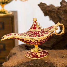 Venta al por mayor de Cuento de hadas Aladdin Lámpara mágica Incensario vintage Quemador de aroma de metal creativo Quemadores de incienso de varios colores Nuevo llega 35 * 12 * 18.5cm 660