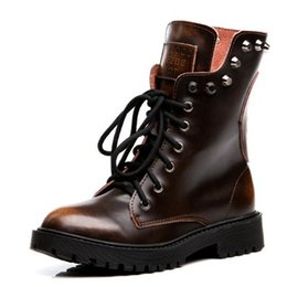 $enCountryForm.capitalKeyWord NZ - European American style 2018 Spring New Fashion Genuine Leather Shoes Woman Rivet Retro Women Boots Martin Boots Plus Velvet Winter Boots