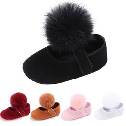 China Baby Girl First Walkers Cute Girls Tassel Ball First Walker Soft Anti-slip Newborn Moccasin Shoes Spring Autumn Princess Shoes cheap cute moccasins suppliers