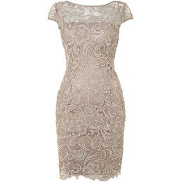 Stock Lighting UK - Hot Selling Scoop Cap Sleeves Lace Light Champagne Mother of the Bride Dresses Mother of the Groom Dresses In Stock