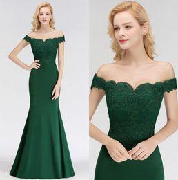 2018 vert foncé hors l'épaule sirène longues robes de demoiselle d'honneur dentelle appliques de mariage invité demoiselle d'honneur robes 100% réelle image BM0065