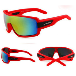 hot trendy sunglasses 2019 - New Fshion Trendy Outdoor Sports Cycling Glasses Trend Colorful Sunglasses Wholesale Eyewear Hot Sale for Free Shipping