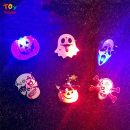 old brooches Canada - LED Light Luminous Pumpkin Ghost Skull Brooch Halloween Party Deco Event Festival Night club KTV Concert Birthday Christmas Toy