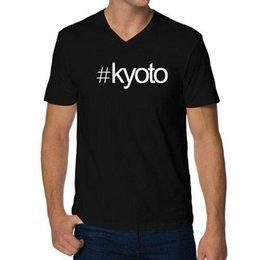 Großhandel Hashtag Kyoto Mutiger Text V-Ausschnitt T-Shirt HEIßER VERKAUF 2018 Neue Modemarke Männer Tees Einfarbig Kurzarm 100% Baumwolle Lässig
